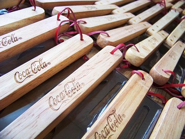 Gravírování dřeva laserem