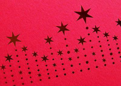 Jemný laserový výsek papíru