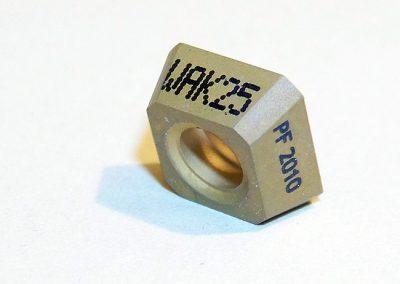 Laserový gravír na kovu