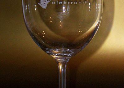 Popis sklenic laserem