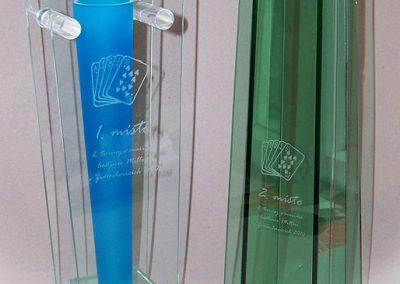 Skleněné vázy laserované