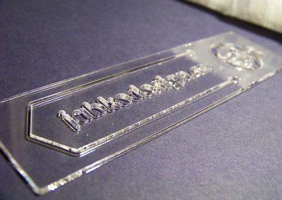 Laserové výřezy z plexiskla