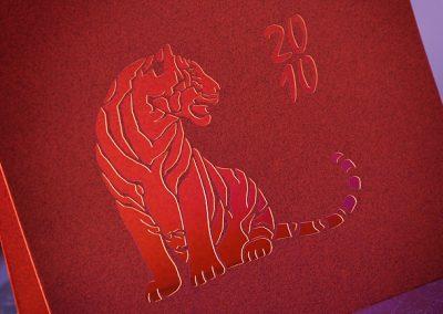 Řezání papíru laserem