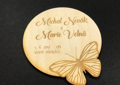 svatební oznámení motýl