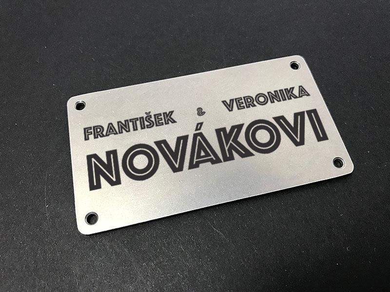 Gravírované štítky na dveře
